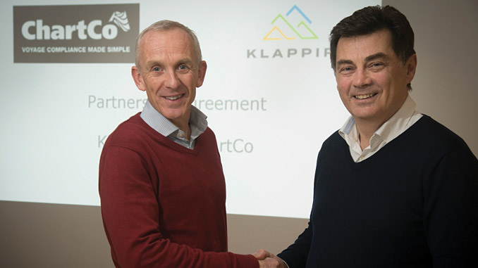 Martin Taylor, CEO of ChartCo, and Jón Ágúst Thorsteinsson, CEO of Klappir, shake hands on an exclusive partnership deal