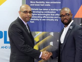 Edmund Phillips, Business Development Manager, Wärtsilä Energy Business and Whitey Heastie, Chief Executive Officer of Bahamas Power and Light, sealed the order of a 132 MW engine power plant to the island of New Providence, Commonwealth of Bahamas