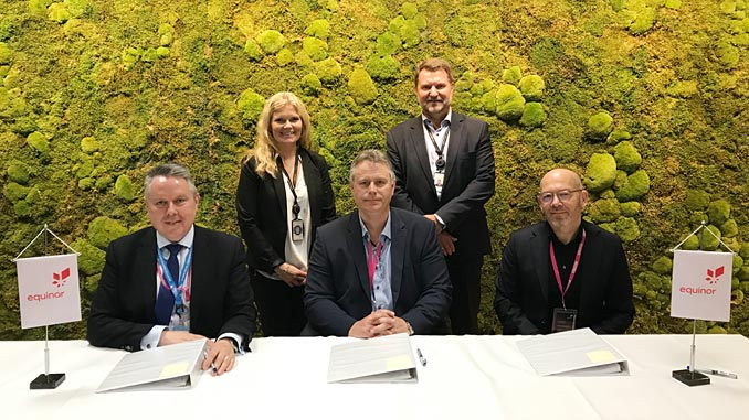 From left, Chris Jones, Europe OFS leader; Peggy Krantz-Underland, SVP Supplier Chain Procurement; Jan Erik Klungtveit, business development manager; Geir Tungesvik, SVP Drilling & Well; and Geir Egil Olsen, director Weatherford