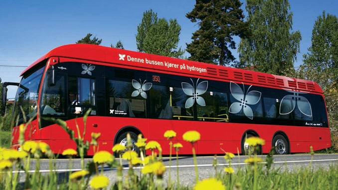 """""""This bus runs on hydrogen"""" – according to DNV GL, hydrogen could fuel tens of thousands of heavy vehicles such as buses and trucks by 2030"""