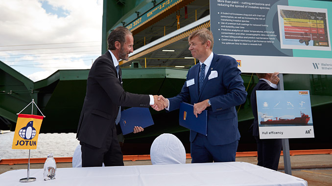 Ulf Skovli, Regional Sales Director, Jotun Marine Scandinavia, and Geir Fagerheim, SVP Marine Operations, Wallenius Wilhelmsen