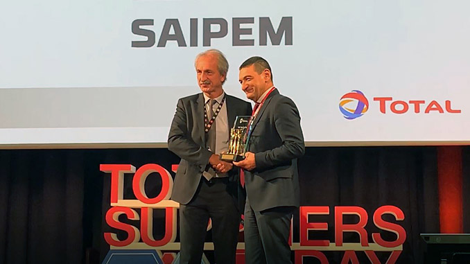 The Total Safety Award was presented to Guido D'Aloisio, Senior Manager of Saipem's Offshore E&C Business Division, and sponsor of the project